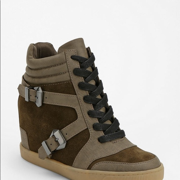 5ffbeb0cf Sam Edelman Willa Hidden Wedge Hightop Sneaker. M 5b3baa9dc61777b22d4cb802